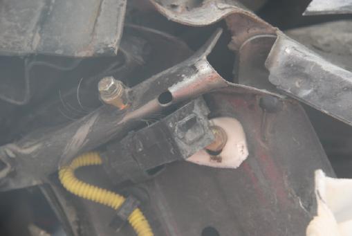 网友质疑:比亚迪f3安全气囊是摆设?
